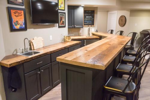 basement bar-3